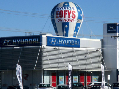Giant Rooftop Inflatable Hyundai Promtion